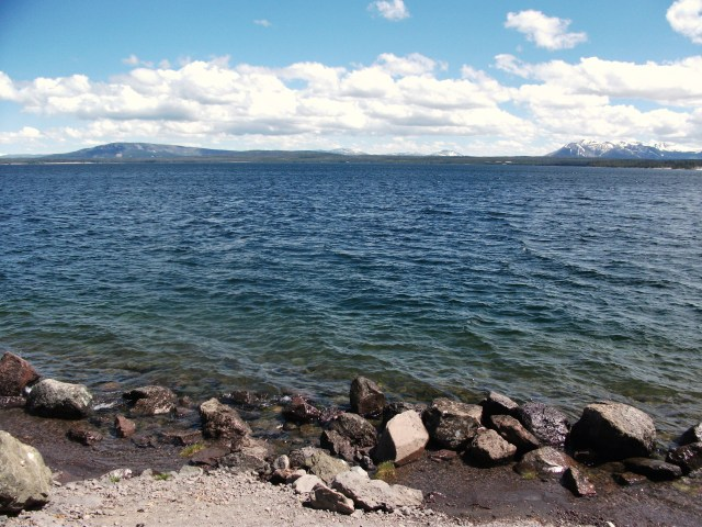 Yellowstone Lake (4)